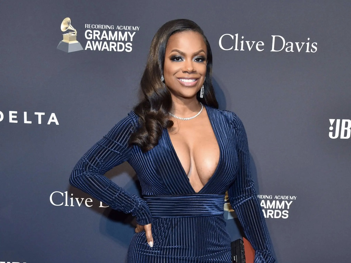 Kandi Burruss Has Fans in Awe of Her Newest Photo Dump